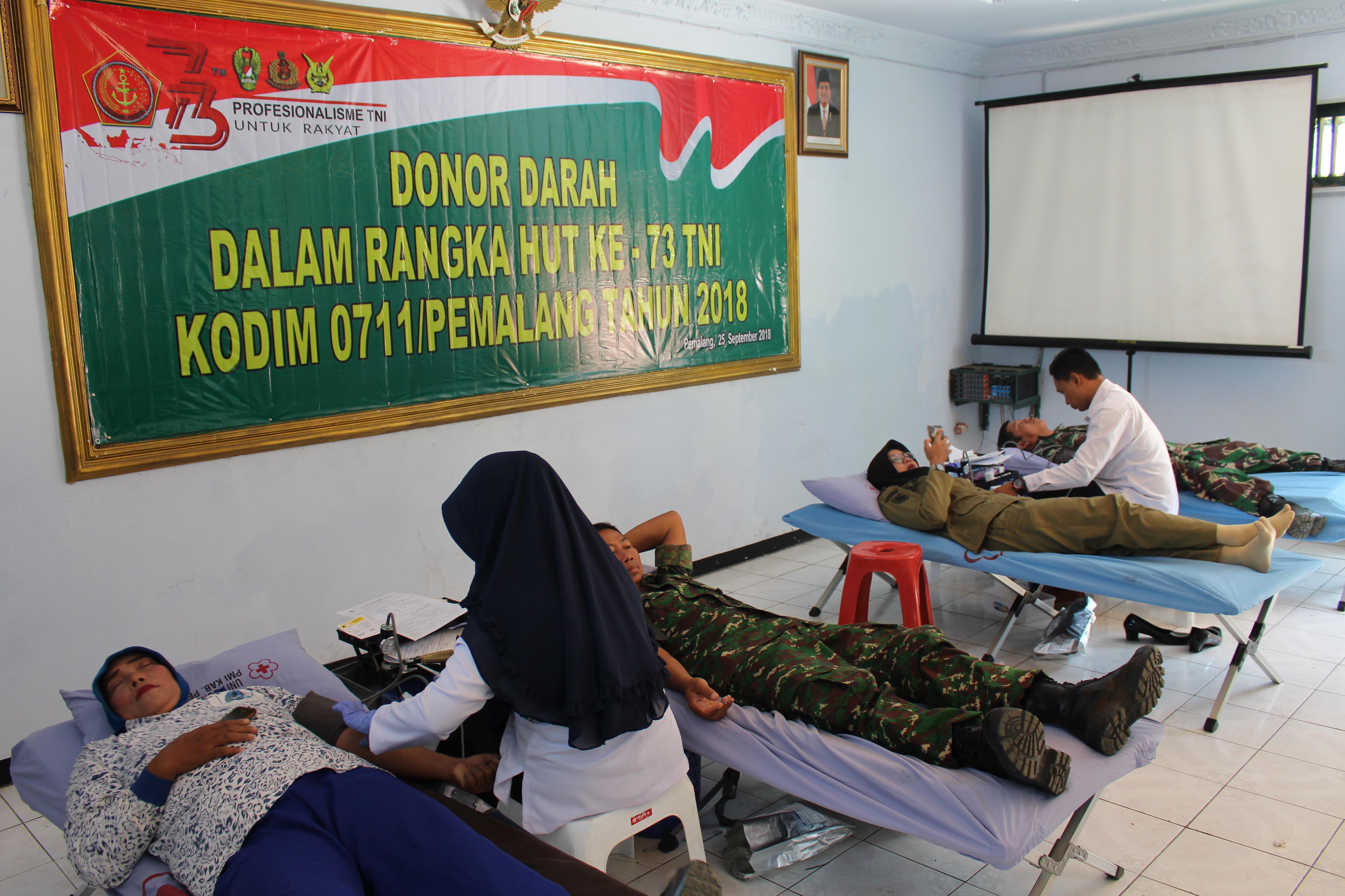 KODIM 0711/PEMALANG GELAR DONOR DARAH DALAM RANGKA HUT TNI KE 73 TAHUN 2018