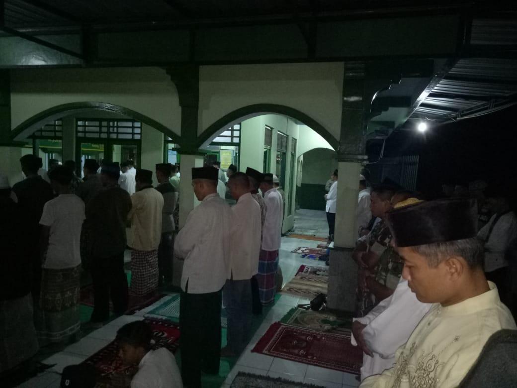 Masjid Kodim Pemalang Ramaikan Shalat Tarawih Warga Sekitarnya