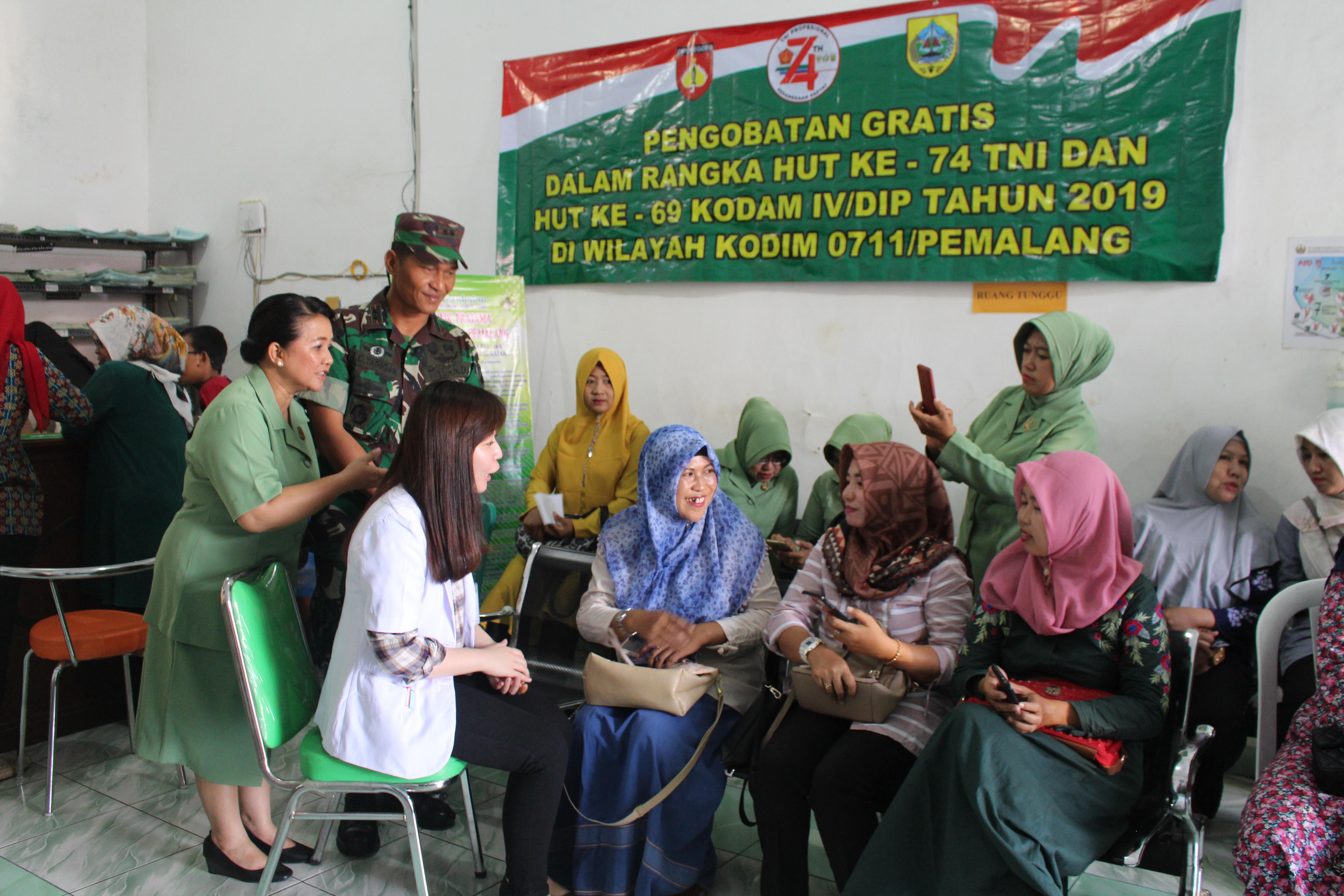 Peringati HUT ke 74 TNI dan ke 69 Kodam IV/Dip, Kodim 0711/Pemalang Gelar Pengobatan Gratis