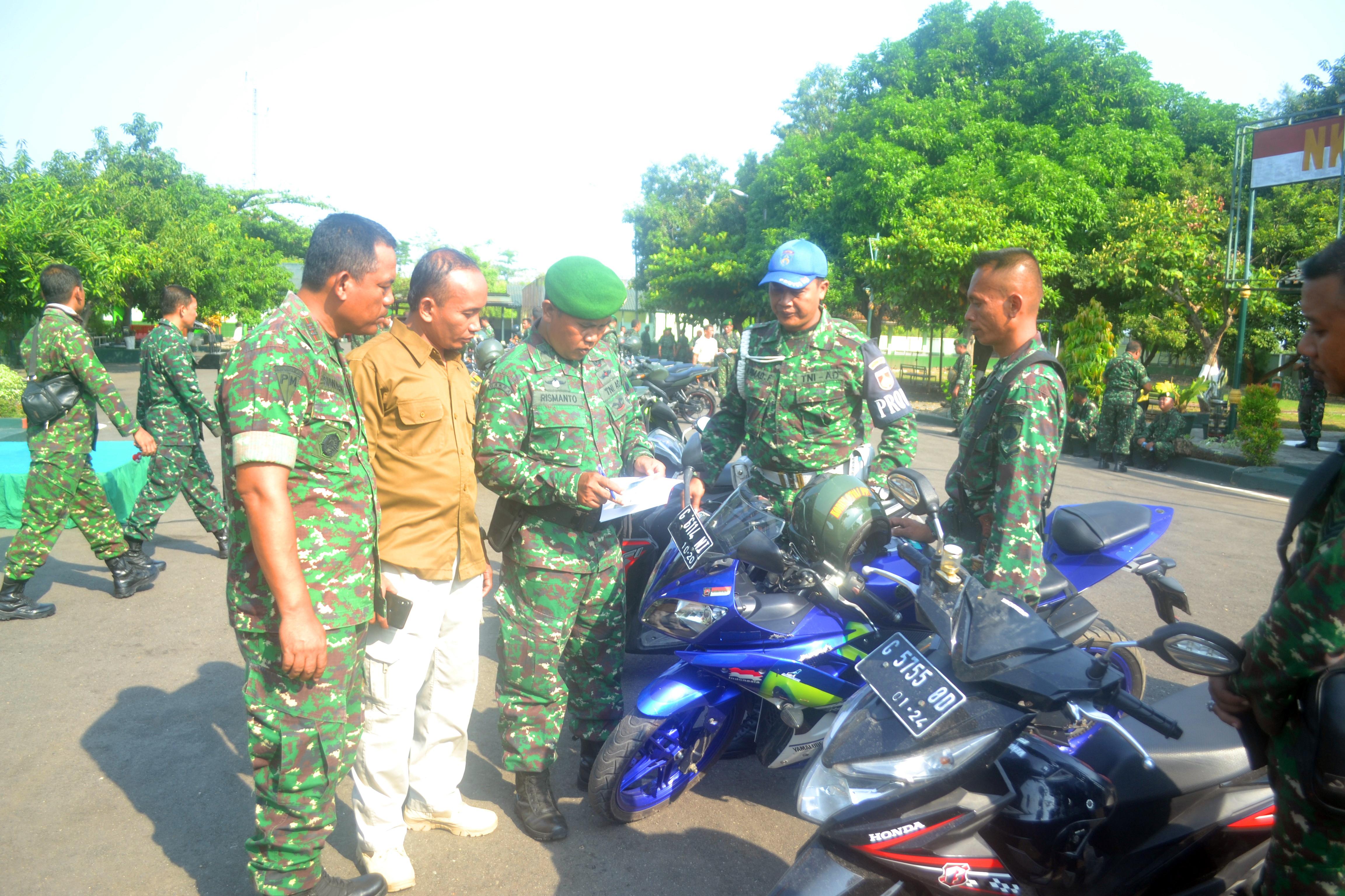 Ratusan Kendaraan Prajurit Kodim 0711/Pemalang diperiksa surat – surat dan kelengkapannya