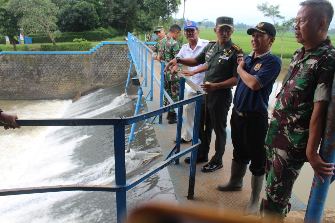Antisipasi Banjir Dandim Pemalang Turun Tinjau Bendungan Kejene