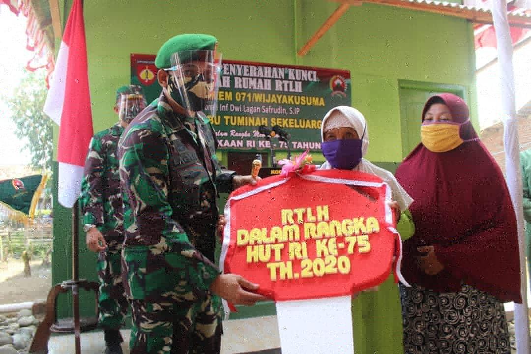 Danrem 071/Wijayakusuma Resmikan Bedah Rumah Tidak Layak Huni di Pemalang