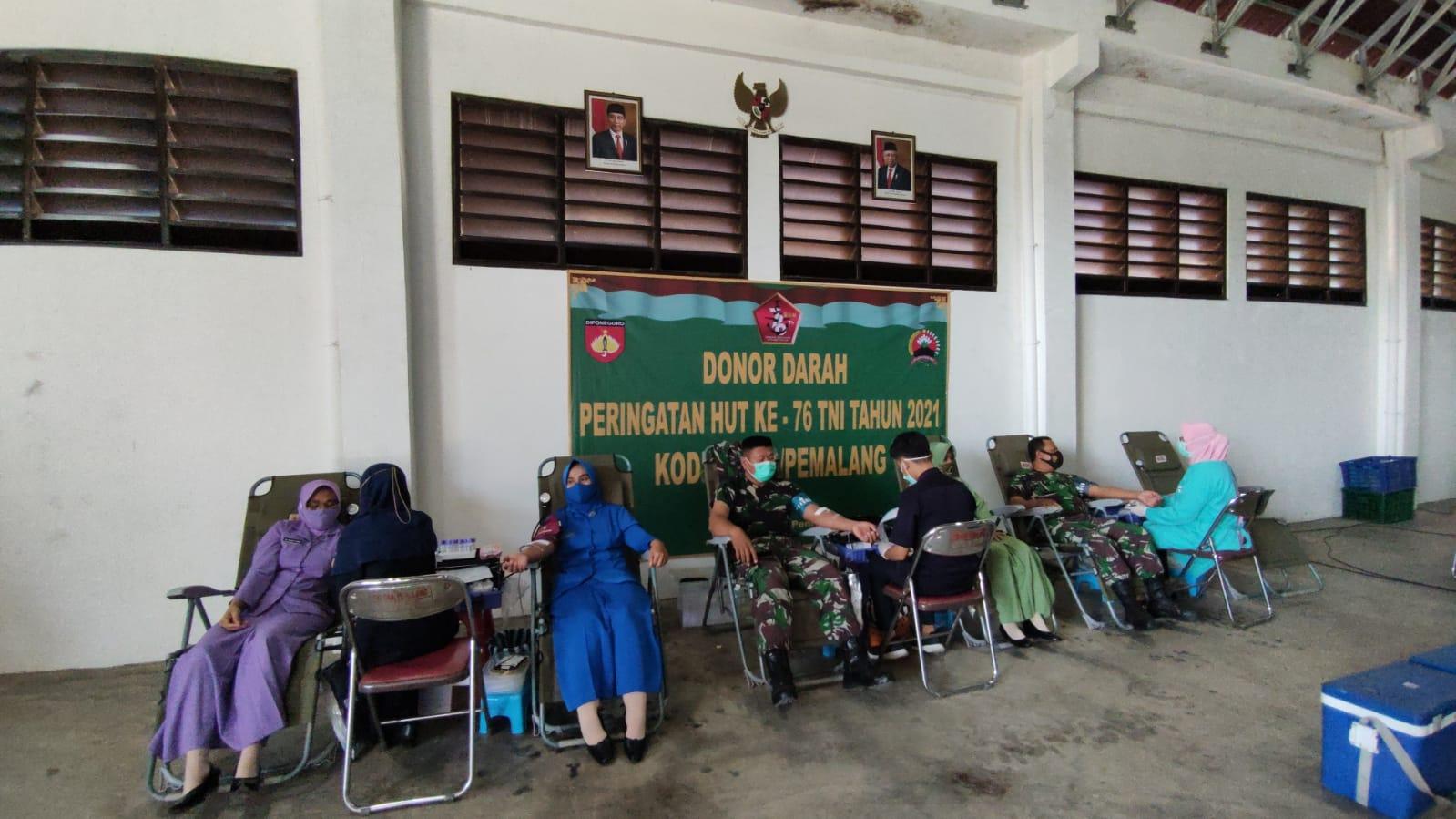 Sambut HUT TNI ke 76 Tahun 2021, Kodim Pemalang Gelar Baksos Donor Darah
